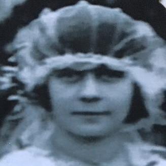 Mrs L Raven Hill